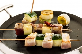 Tuna and swordfish skewers with lemon olive oil and chilli