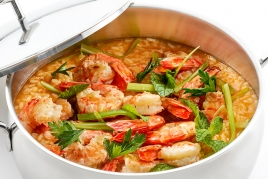 Prawn, tomatoes, celery and mint rice